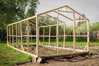 Structura din lemn pentru solar