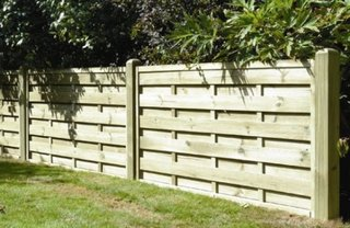 Panouri din lemn pentru garduri