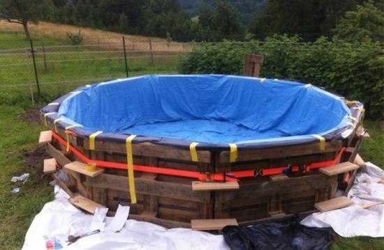 Membrana impermeabila piscina din lemn