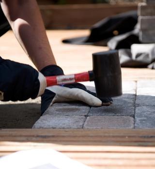 fixare placi din beton