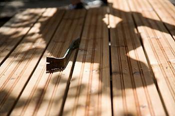 Fixare placi de lemn in suruburi