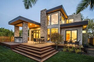 Casa moderna cu etaj