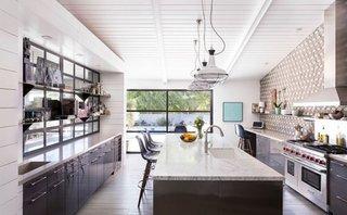Design modern de bucatarie lunga