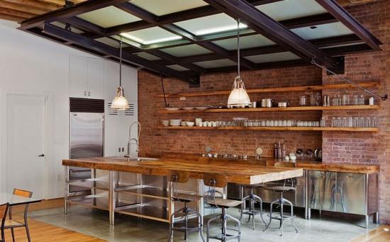 Stil rustic si industrial pentru amenajarea unei bucatarii