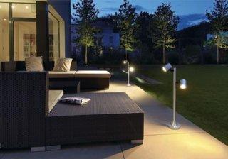 Stalpi de iluminat exteriori