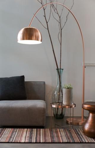 Lampadar realizat din cupru