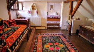 Dormitor traditional romanesc