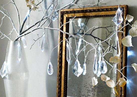 Decor retro pentru Craciun cu cristale de la un candelabru