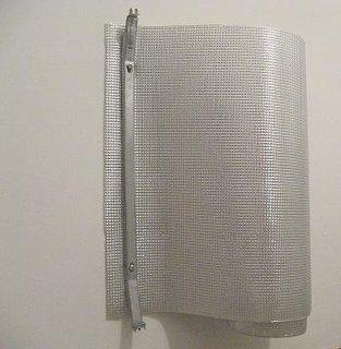 Fixare brida stanga in perete pentru crestere randament termic