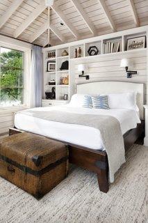 Cufar pentru depozitarea lenjeriei si a paturilor
