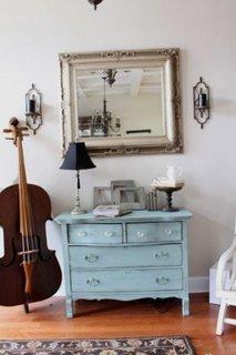 Comoda bleu vintage pentru hol