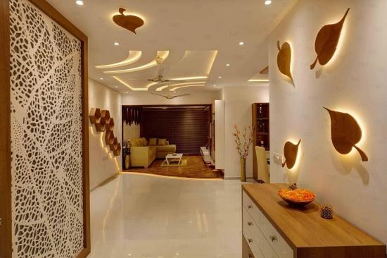 Idee amenajare hol cu lumini pe pereti