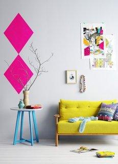 Canapea galben neon pentru living mic