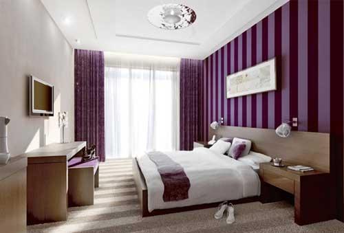Idee de amenajare a unui dormitor mov cu alb