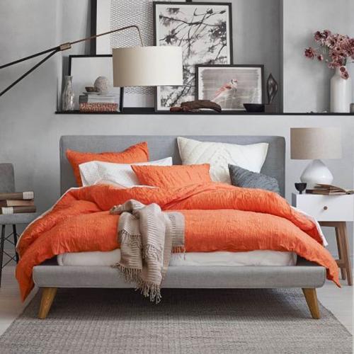 Portocaliu mandarina culoare la moda in 2015