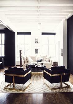 Fotolii in negru si auriu cu covor geometric