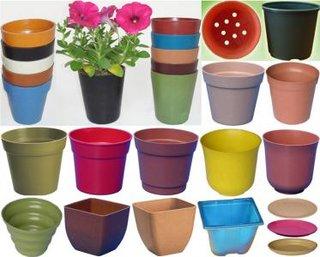 Ghiveci pentru plante din plastic biodegradabil
