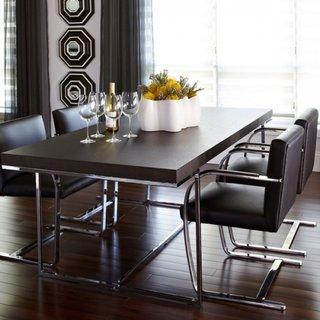 Dinning cu masa si scaune cu profile cromate