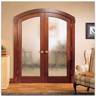 Model dublu de usa interioara cu rama din lemn si usi cu geam