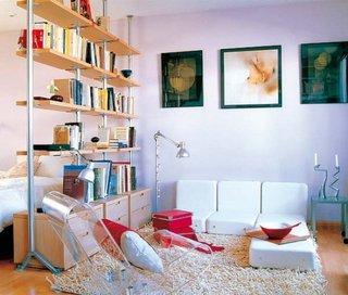 Garsoniera cu mobila moderna cu zona de dormit si living