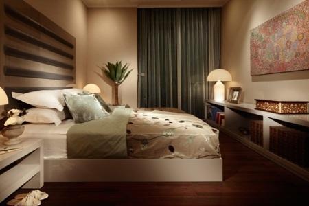 Dormitor cu draperii in loc de usa