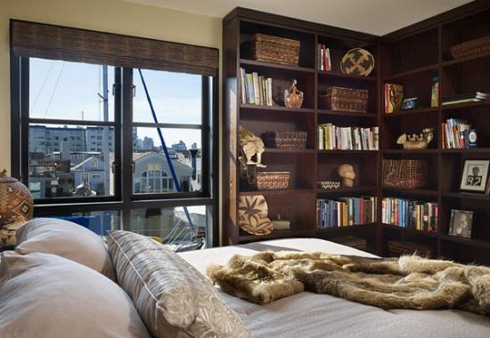 Biblioteca in dormitor