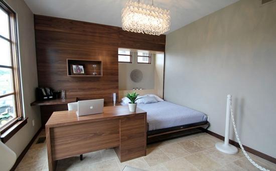 Dormitor modern cu spatiu de lucru
