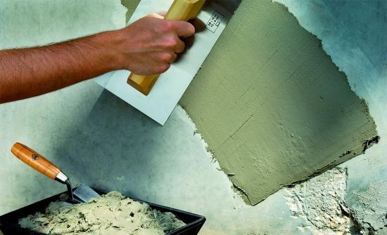 Cum se repara tencuiala afectata - solutii pentru peretii crapati