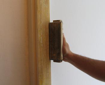 Slefuirea tocului de lemn