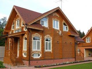 Ornamente ferestre din lemn sculptat