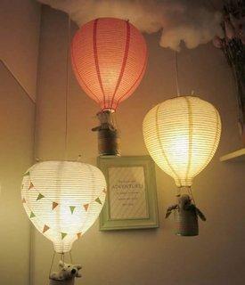 Baloane cu aer cald confectionate din conserve si sfoara