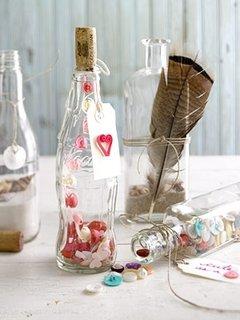 Aranjamente din sticle goale special create pentru Sfantul Valentin