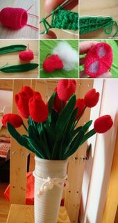 Lalele rosii crosetate