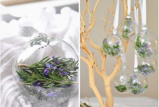 Glob cu flori si frunze de rozmarin