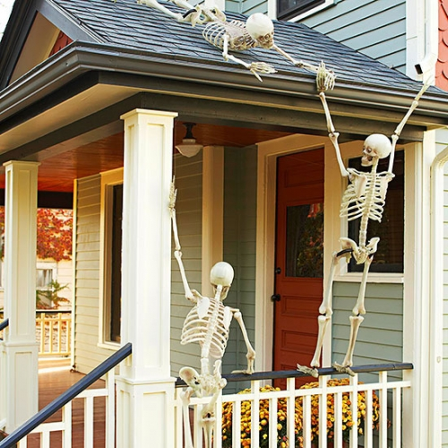 Decor cu schelete pentru Halloween