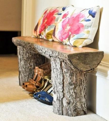 Bancuta de hol din trunchiuri de copac