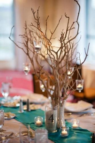 Decoratiuni pentru masa din crengi