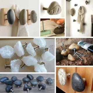 Cuier cu pietre de rau