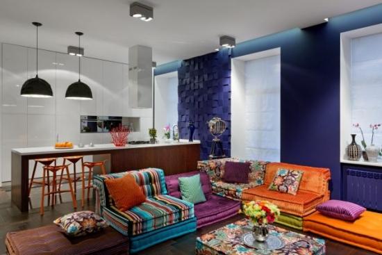 Living amenajat in multe culori