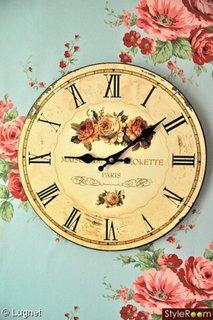 Ceas vintage cu decor floral