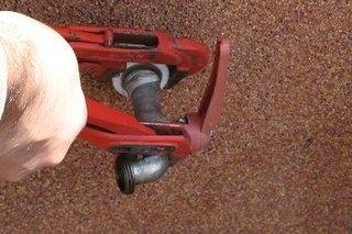 Inlocuire robinet gradina defect demontare