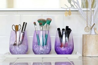 Borcane decorative cu produse cosmetice