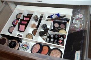 Idee de sortare a produselor cosmetice