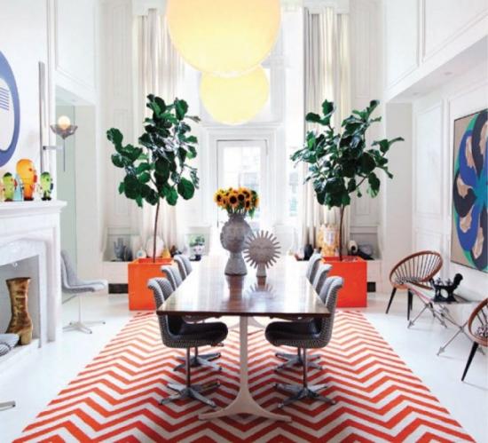 Combinatie de culori complementare, portocaliu si albastru