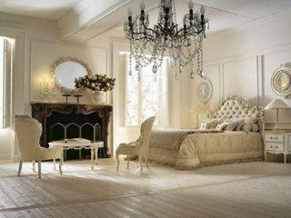 Dormitor clasic cu semineu