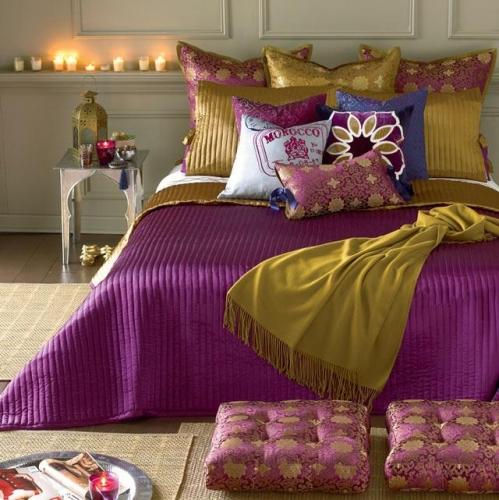 Cuvertura eleganta de pat cu perne decorative stil marocan