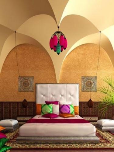 Dormitor cu arcade si pat jos