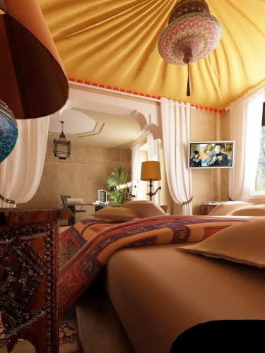 Dormitor in stil marocan amenajat in nuante nisipii