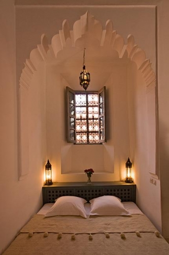 Dormitor mic amenajat in stil marocan