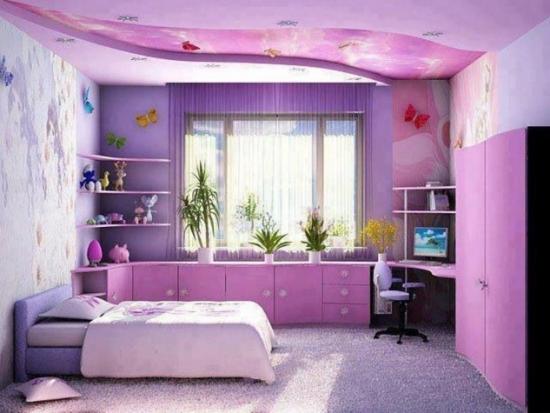 Decoratiune tavan in nuante de mov